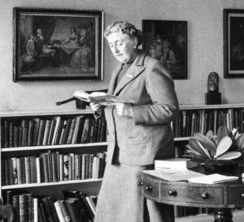 Top drawer, Agatha Christie