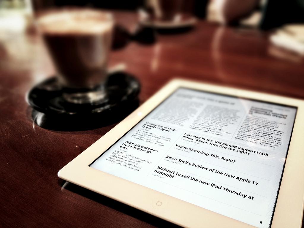 iPad Neue at cafe
